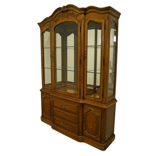 """Thomasville Furniture French Court Collection 60"""" Illuminated Display China Cabinet 17821-425 Preview"""