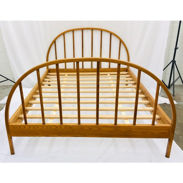 Stunning Vintage Mid Century Modern Danish / Scandinavian Style Full Size Wooden Bed. Original finish fittings and frames....