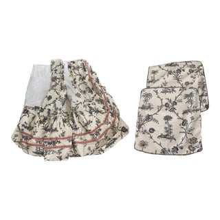 Brunschiwg & Fils King Size Dust Ruffle and Shams - 3 Pc. Set For Sale