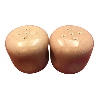 1950s Russel Wright Mauve Salt & Pepper Shakers - a Pair For Sale
