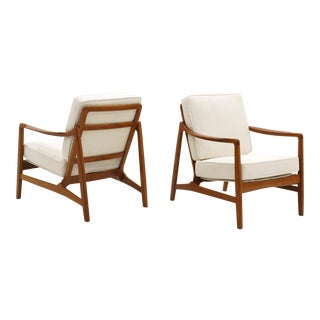 Pair of Lounge Chairs by Ole Wanscher, Danish Modern, Expertly Restored For Sale