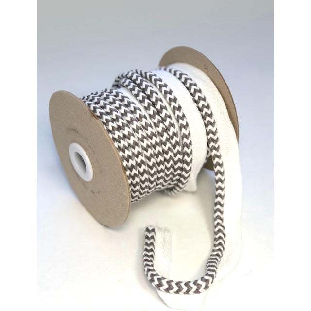"Modern Braided 1/4"" Indoor/Outdoor Cord in White/Gray For Sale - Image 3 of 9"