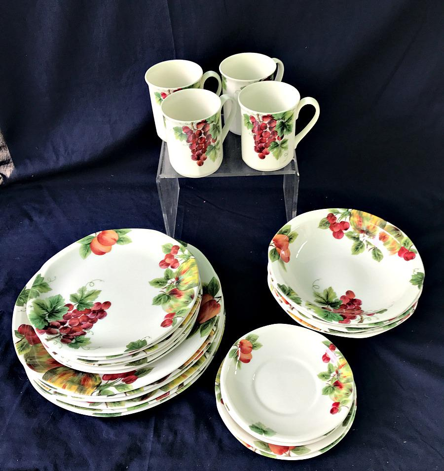 Royal Doulton Vintage Grape Pattern China Service- 25 Pieces - Image 2 of 6 & Royal Doulton Vintage Grape Pattern China Service- 25 Pieces | Chairish