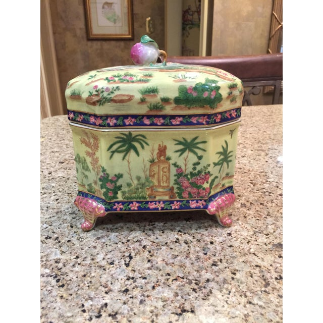 Chinoiserie Lidded Box Uw 1897 For Sale - Image 13 of 13