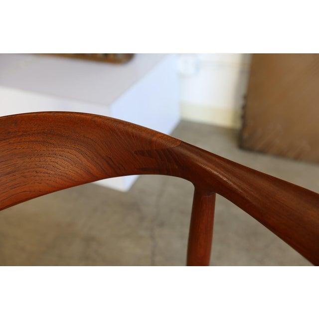 Mid 20th Century Mid-Century Modern Johannes Hansen for Hans Wegner Round Teak Side Chair For Sale - Image 5 of 12