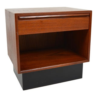 1960s Scandinavian Modern Westnofa Night Stand With Drawer For Sale