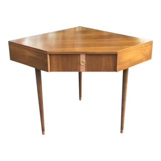 1970s Vintage Kroehler Walnut Corner Writing Desk For Sale