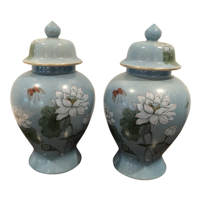 20th Century Chinoiserie Blue Ceramic Ginger Jars - a Pair For Sale