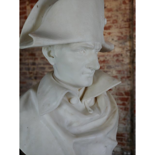 Carrara Marble Napoleon Bonaparte Emperor 19th Century Marble Bust Hand Carved Carrara Marble Bust of Napoleon For Sale - Image 7 of 12