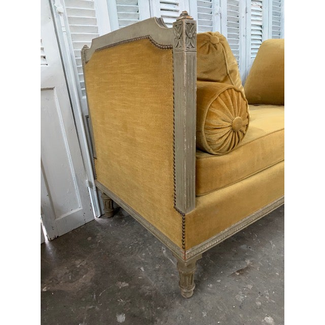 Textile Early 18th Century Swedish Neoclassical Daybed For Sale - Image 7 of 9