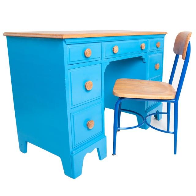 Vintage Painted Blue Maple Knee Hole Desk - Image 4 of 4