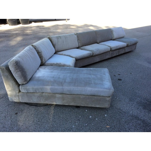 1960s Mid-Century Modern Curved Sectional Sofa Style of Harvey Probber For Sale - Image 4 of 11