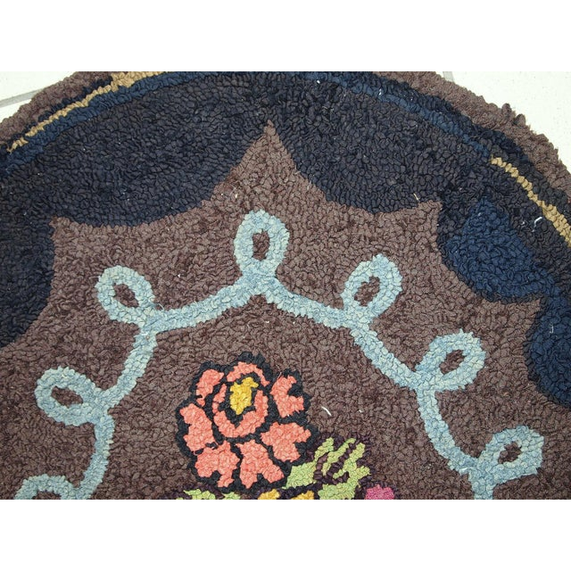 1920s Antique American Oval Hooked Rug- 2′2″ × 3′9″ For Sale - Image 9 of 10
