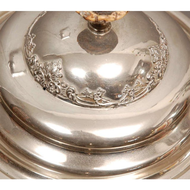 1900 - 1909 American Chafing Dish For Sale - Image 5 of 9