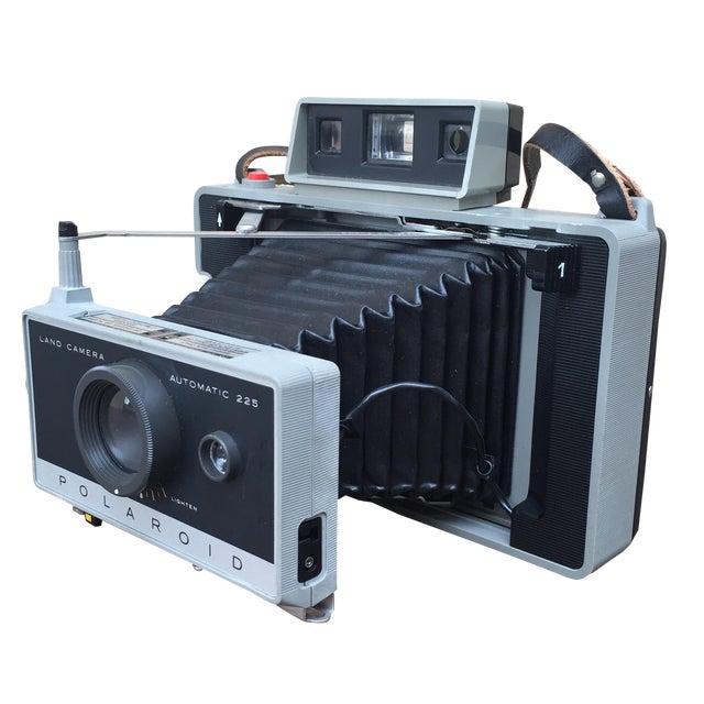 Vintage 70s Polaroid 225 Land Camera For Sale