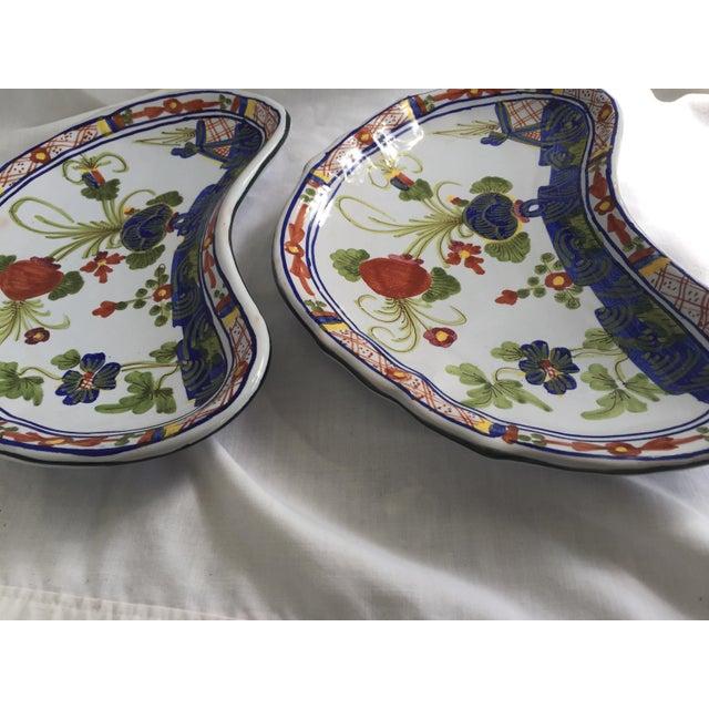 CACF Faenza Italian Pottery Bone Plates - a Pair For Sale - Image 11 of 13
