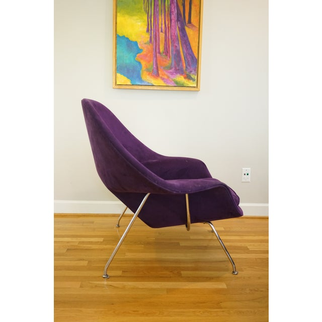 Mid-Century Modern Authentic Eero Saarinen for Knoll Purple Womb Chair For Sale In Raleigh - Image 6 of 12