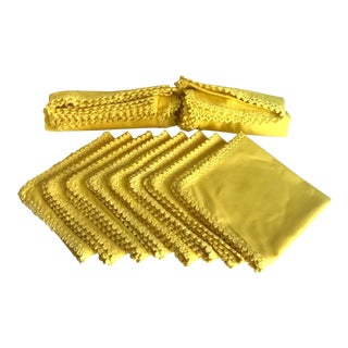 Vintage Yellow Napkin and Runner Set For Sale