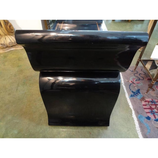 Asian 1960's Vintage James Mont Style Hollywood Regency Black Lacquered Benches- A Pair For Sale - Image 3 of 10