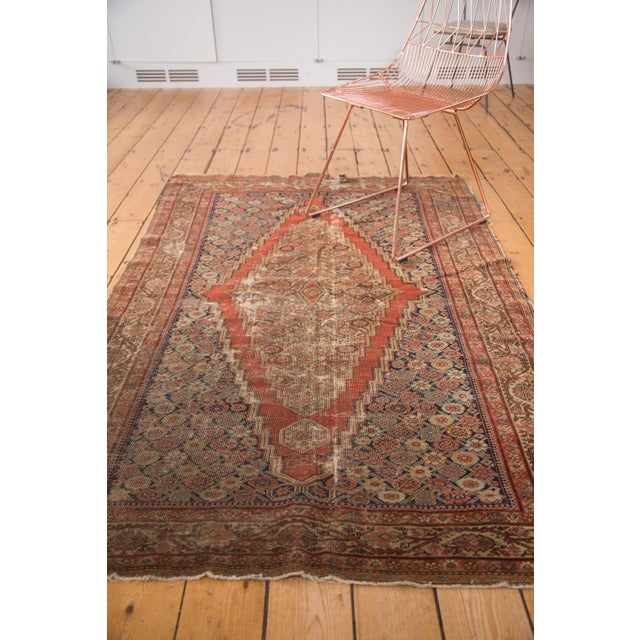 "Antique Fereghan Rug - 4'1"" x 6'3"" - Image 4 of 9"