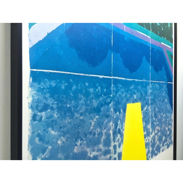 """1970s David Hockney Rare Vintage 1978 Iconic Fine Art Lithograph Print Framed Pop Art Poster """" Day Pool With Three Blues """" For Sale - Image 5 of 13"""
