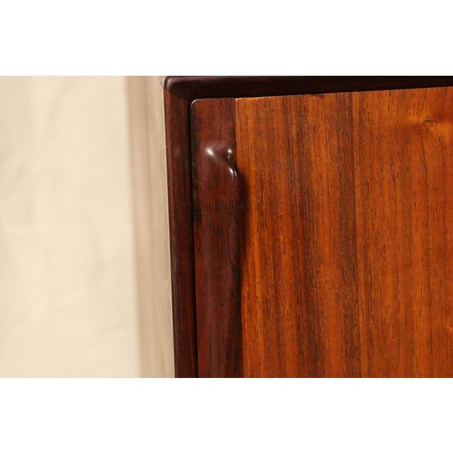 1960s Mid Century Danish Modern Rosewood Sideboard by Henry Rosengren Hansen for Brande Mobelindustri For Sale - Image 5 of 11