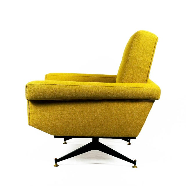 1960s Pair of Padded Armchairs, Yellow Upholstery, Steel, Brass - Italy For Sale - Image 4 of 11