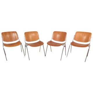 Giancarlo Piretti Mid-Century Modern Italian Stacking Chairs - Set of 4 For Sale