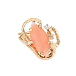 Vintage 14k Yellow Gold Coral Diamond Ring size 4.5 For Sale