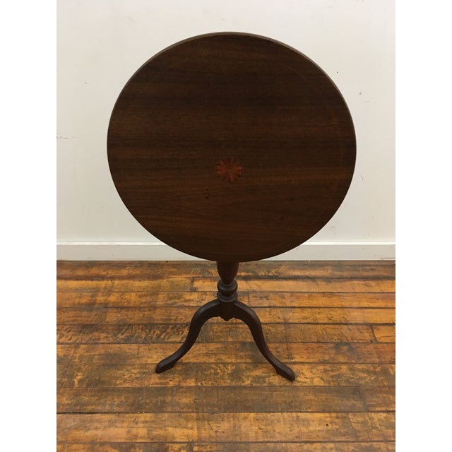 Table - 19th Century Traditional Walnut Tilt Top Table For Sale - Image 9 of 9