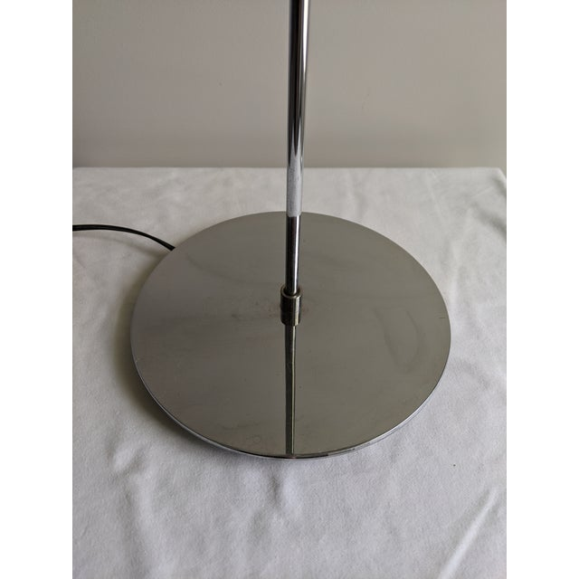 1980s 1980s Postmodern Sonneman Style Polished Chrome Table Lamp For Sale - Image 5 of 11