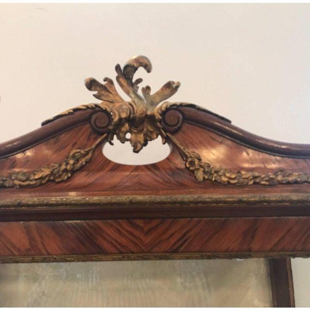 Louis XV Style Ormalu Mounted Kingwood Display Cabinet For Sale - Image 4 of 8