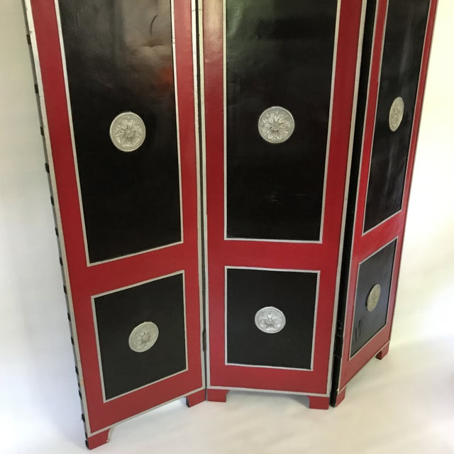 Art Deco Hollywood Regency Red Lacquer Room Divider For Sale - Image 3 of 13
