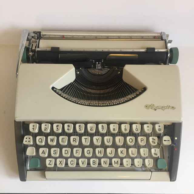 Vintage Olympia De Luxe Typewriter Germany - Image 2 of 11