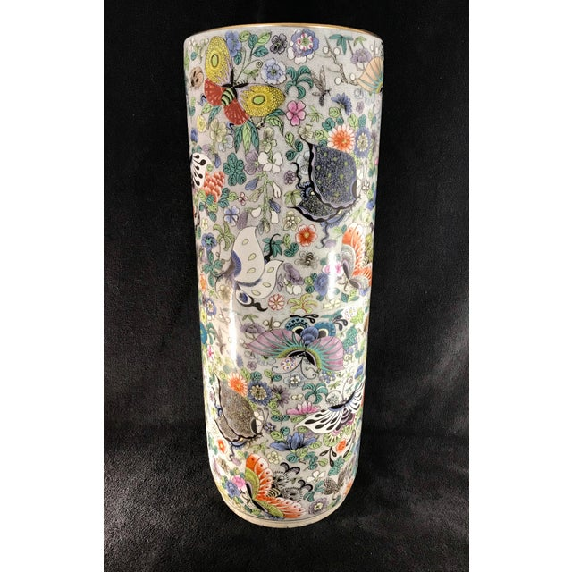 Asian Vintage Chinese Porcelain Famille Verte Hand Painted Umbrella Stand For Sale - Image 3 of 10