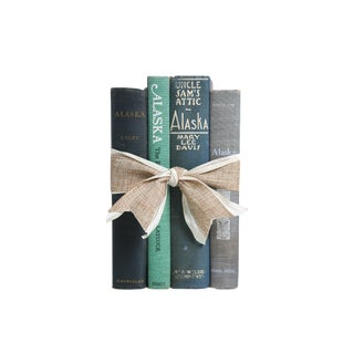 Vintage Decorative Book Gift Set: Alaska
