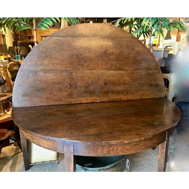 Brown French Provincial Round Dining Table For Sale - Image 8 of 9