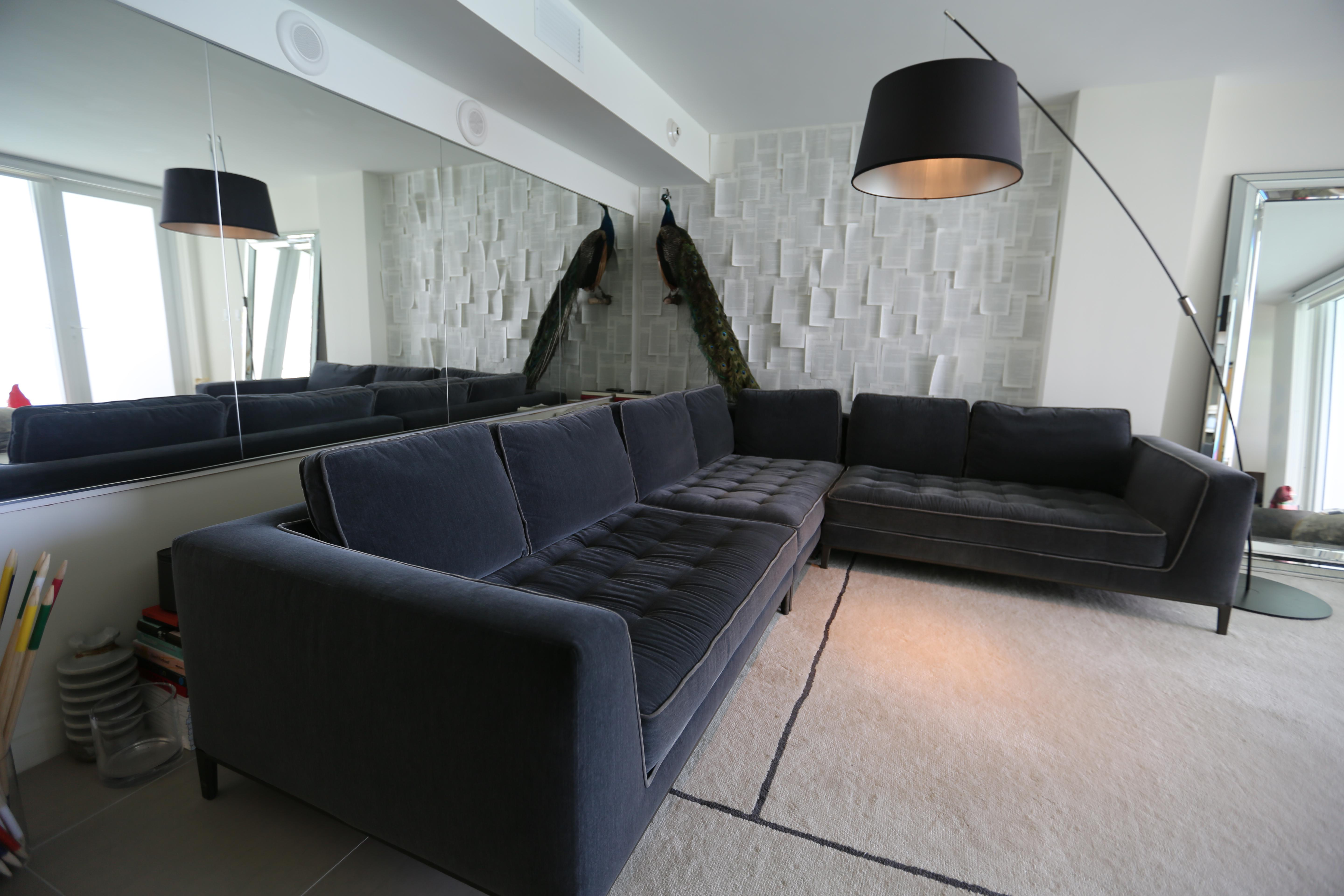 Maxalto Lucrezia Sectional Sofa   Image 3 Of 7