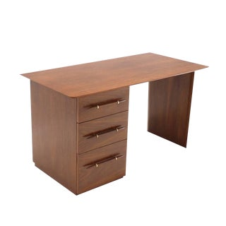 Robs john Gibbings Walnut Single Pedestal Desk with Three Drawers For Sale