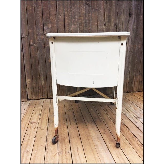Vintage White Double Basin Metal Wash Tub with Stand - Image 7 of 11