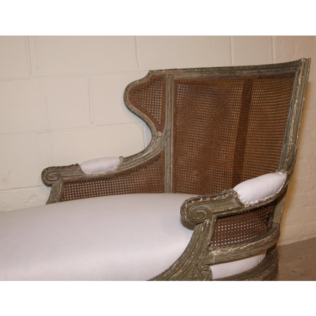 French 1850 Antique French Caned Chaise Lounge For Sale - Image 3 of 9