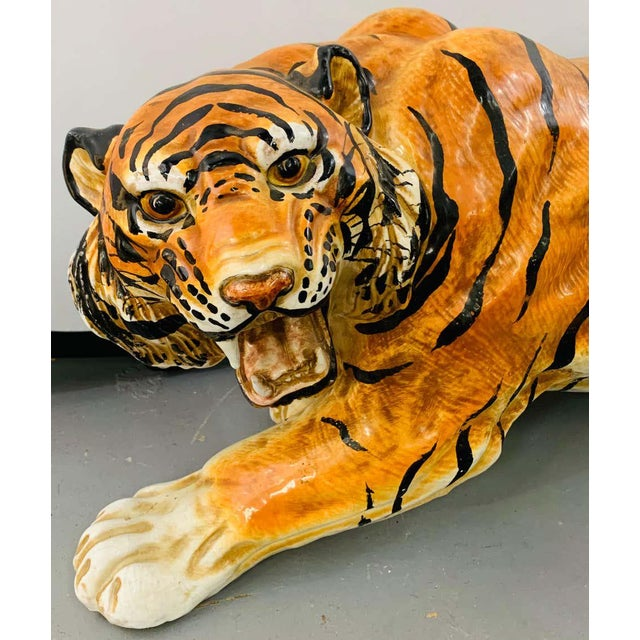 Midcentury Italian Terracotta Tiger Statue or Sculpture For Sale In New York - Image 6 of 12