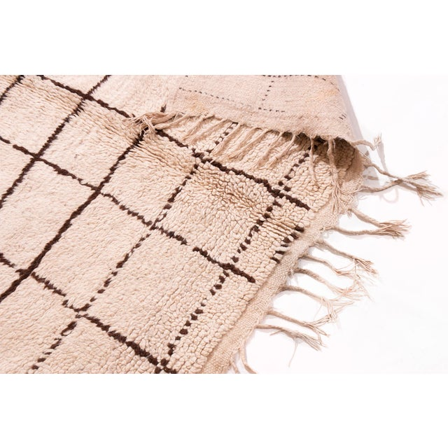 2010s Contemporary Moroccan Hand-Knotted Cream and Brown Wool Rug - 4′1″ × 6′2″ For Sale - Image 5 of 6