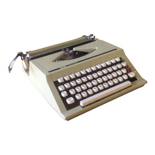 Vintage Portable Retro Cool Typewriter With Case