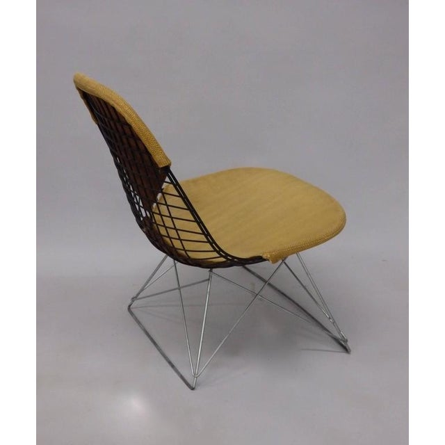 Metal Early and Original Charles and Ray Eames Lkr Chair on Zinc Cats Cradle Base For Sale - Image 7 of 8