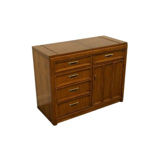 20th Century Traditional Thomasville Furniture Flip-Top Server For Sale