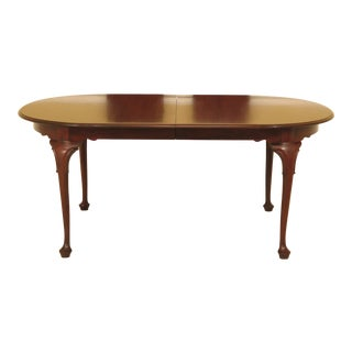 1990s Queen Anne Henkel Harris Mahogany Dining Room Table For Sale