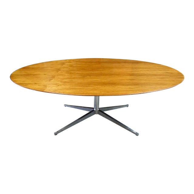 Florence Knoll Walnut on Chrome Base Oval Dining / Conference Table For Sale