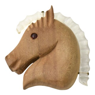 1950s Wood & Lucite Horse Head Brooch For Sale