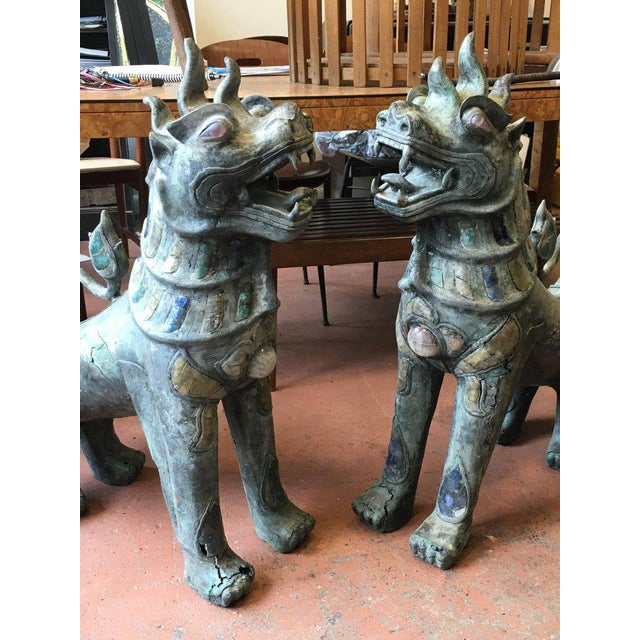 Asian Pair of Antique Bronze Thai Foo Dogs With Amethyst and Rose Quartz From the Estate of Tony Duquette For Sale - Image 3 of 8